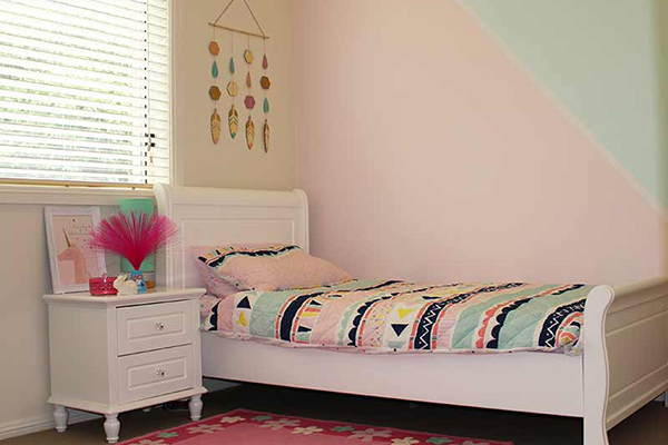 miller-project-girls-bedroom-600x400-cropped