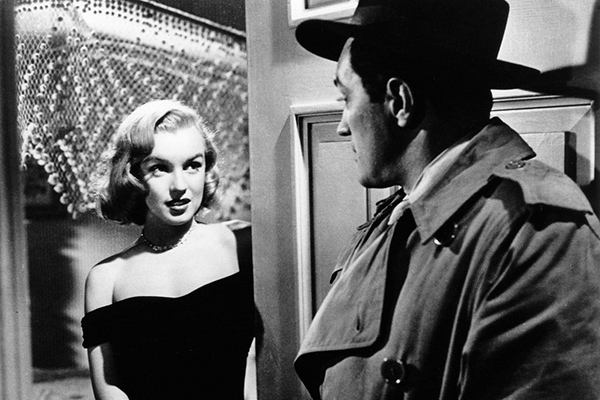 vanity-fair-marilyn-monrow-on-screen-little-black-dress-ss08-600x400-cropped