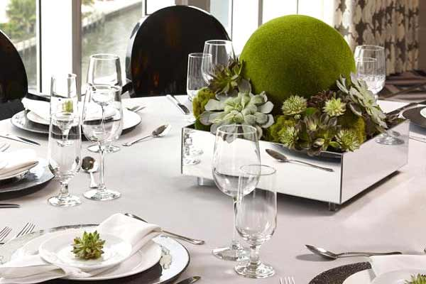 unique-christmas-table-settings