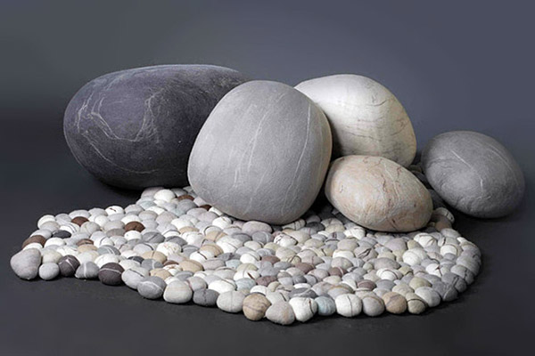 ronel-jordaan-felted-rock-stones-and-pebble-mat